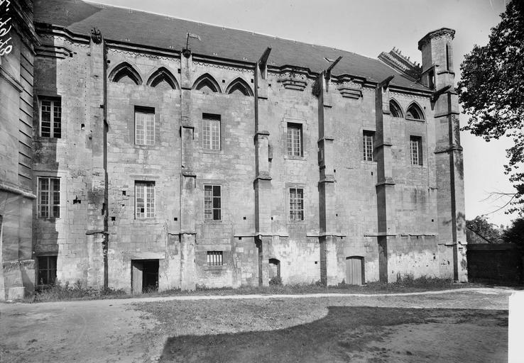 Abbaye aux Hommes (ancienne) Salle des Gardes, façade latérale, Service photographique,