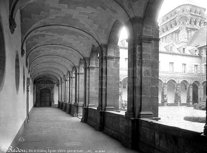 Abbaye Saint-Sauveur (ancienne) Cloître, Mieusement, Médéric (photographe),