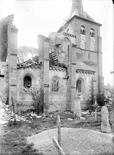 Eglise Saint-Lambert Façade nord, Queste, P. photographe),