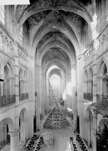 Eglise Notre-Dame (ancienne cathédrale) Nef, Service photographique,