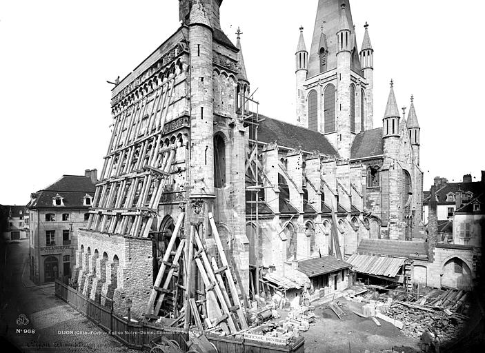 Eglise Notre-Dame Ensemble sud-ouest (façade ouest échafaudée), Mieusement, Médéric (photographe),