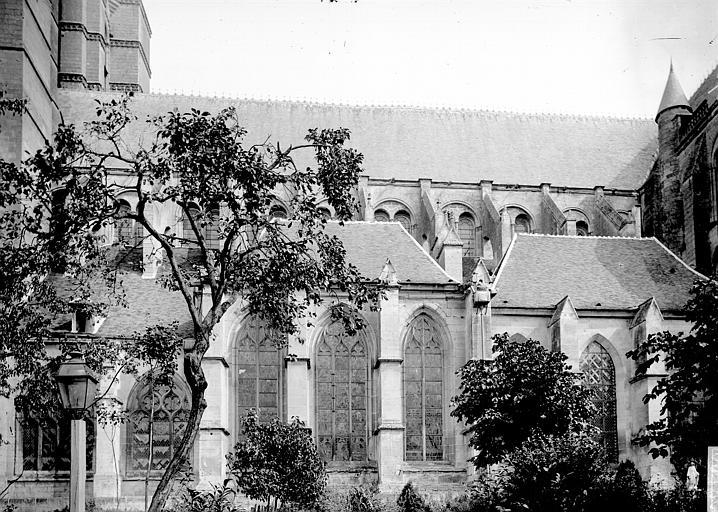 Cathédrale Notre-Dame Façade sud, Enlart, Camille (historien),