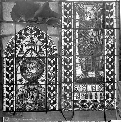 Cathédrale Saint-Etienne Vitrail : saint Simon, Leprévost (photographe),
