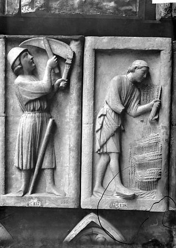 Cathédrale Notre-Dame , Enlart, Camille (historien), 75 ; Paris 16 ; Palais de Chaillot (Trocadéro) ; Musée de Sculpture comparée, musée des Monuments français