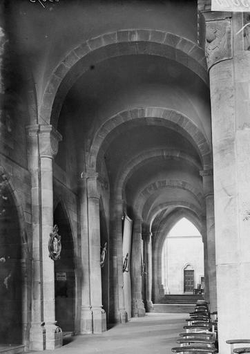 Cathédrale Saint-Dié Bas-côté, Durand, Georges (photographe à Amiens),