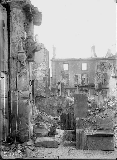 Maison Ruines, Verneau, G.,