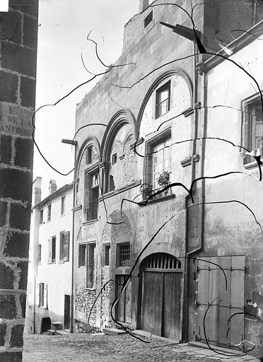 Maison dite de l'Eléphant Façade sur rue, Durand, Jean-Eugène (photographe),