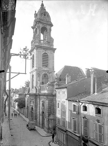 Eglise Saint-Laurent Façade ouest en perspective, Queste, P. photographe),