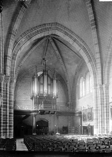 Eglise Notre-Dame Nef vue du choeur, Enlart, Camille (historien),