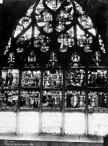 Eglise de la Madeleine Vitrail, Scènes de la Passion, Robert, Paul (photographe),