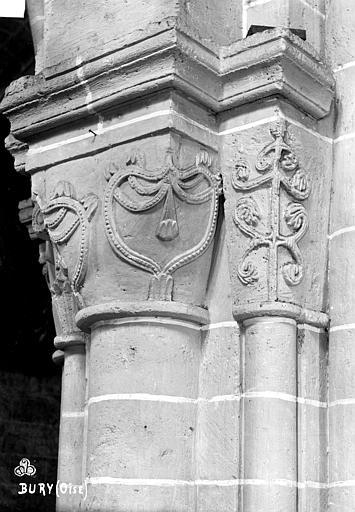 Eglise Saint-Lucien Chapiteaux du 3ème pilier de la nef et du bas-côté nord (face sud), Robert, Paul (photographe),