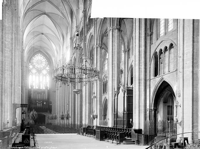 Cathédrale Saint-Etienne Vue intérieure de la nef, vers le nord-ouest, Mieusement, Médéric (photographe),
