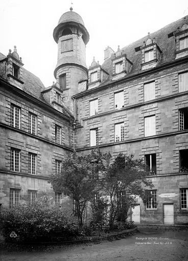 Collège des Doctrinaires (ancien) Façade sur cour, Durand, Eugène (photographe),