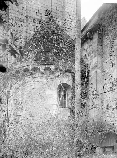 Eglise Absidiole, Enlart, Camille (historien),