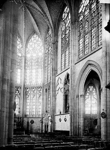 Eglise Saint-Urbain Choeur: vue diagonale, Enlart, Camille (historien),