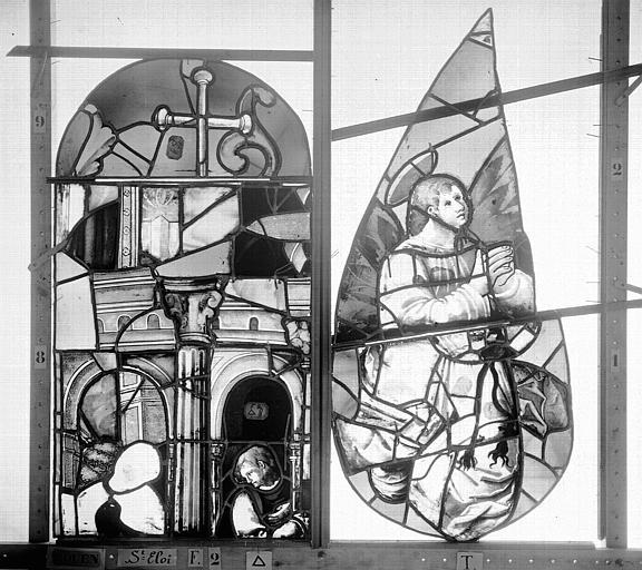 Eglise Saint-Eloi (ancienne) Vitrail, fenêtre 2, tympan de gauche et partie supérieure de la lancette droite, Heuzé, Henri (photographe),
