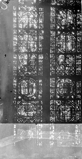 Cathédrale Notre-Dame Chapelles du choeur, vitrail S, Gaudin,