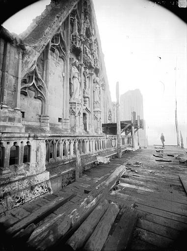 Cathédrale Notre-Dame Pignon du bras nord du transept, Lajoie, Abel,