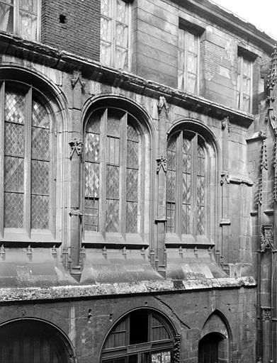 Cathédrale Cour des Litanies, Chaine, Henri (architecte),