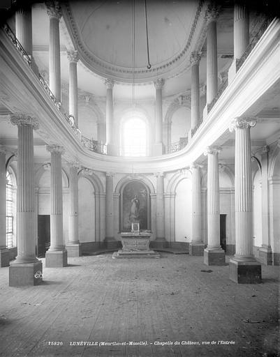 Château Vue intérieure de la chapelle vers l'est, Neurdein (frères) ; Neurdein, Louis ; Neurdein, Louis (photographe),