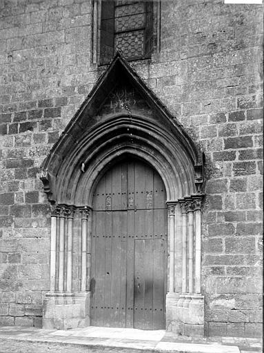 Eglise Saint-Génitour Portail, Enlart, Camille (historien),