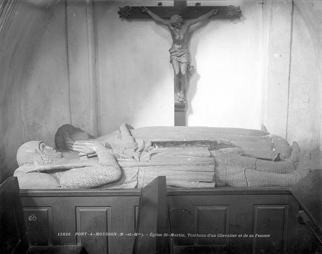 Eglise Saint-Martin Tombeau du chevalier et de sa femme : gisants, Neurdein (frères) ; Neurdein, Louis ; Neurdein, Louis (photographe),