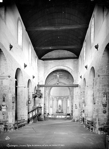 Prieuré de Locmaria (ancien) Eglise : Vue intérieure de la nef, vers le choeur, Mieusement, Médéric (photographe),
