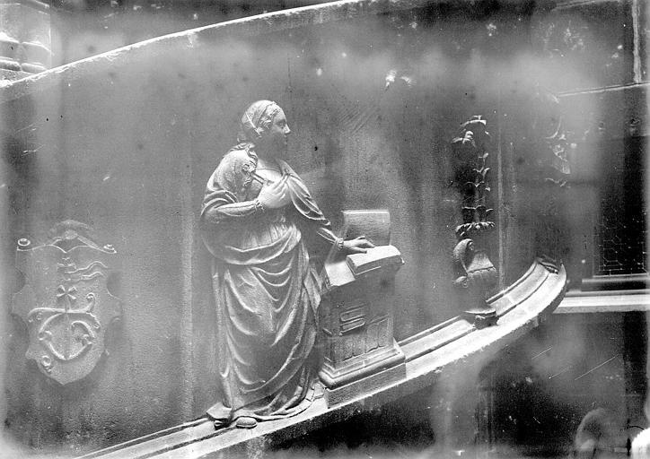 Maisons Escalier sculpté, détail, Enlart, Camille (historien),