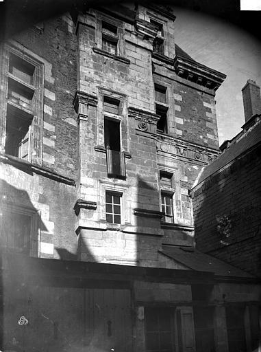 Hôtel de Thévalle (ancien) Façade sur cour, Carlier (photographe),