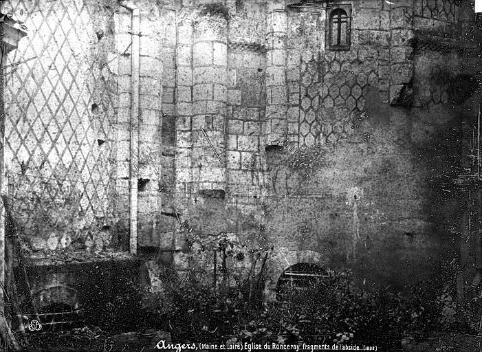 Abbaye du Ronceray (ancienne) Eglise, fragments, Mieusement, Médéric (photographe),