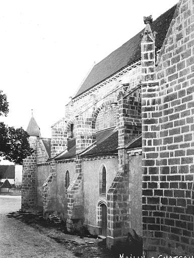 Eglise Partie latérale, Louzier (photographe),