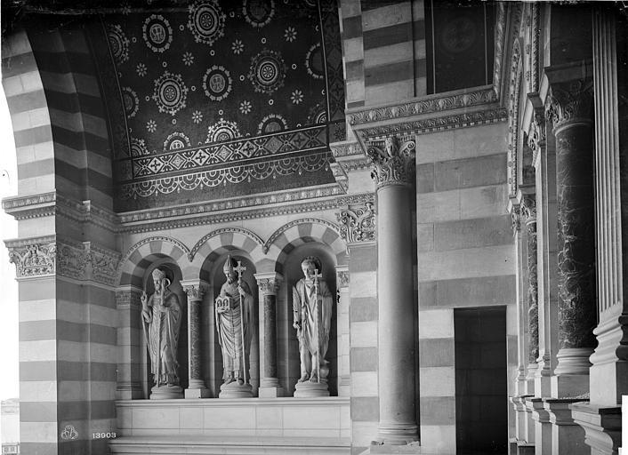 Cathédrale Sainte-Marie-Majeure Porche de la façade sud : mur intérieure gauche, Mieusement, Médéric (photographe),