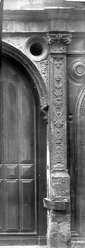 Maison Colonne, Enlart, Camille (historien),