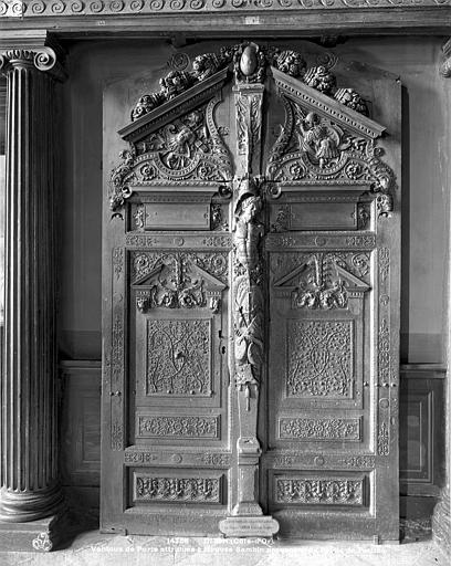 Palais de Justice Ancienne porte, Neurdein (frères) ; Neurdein, Louis ; Neurdein, Louis (photographe),