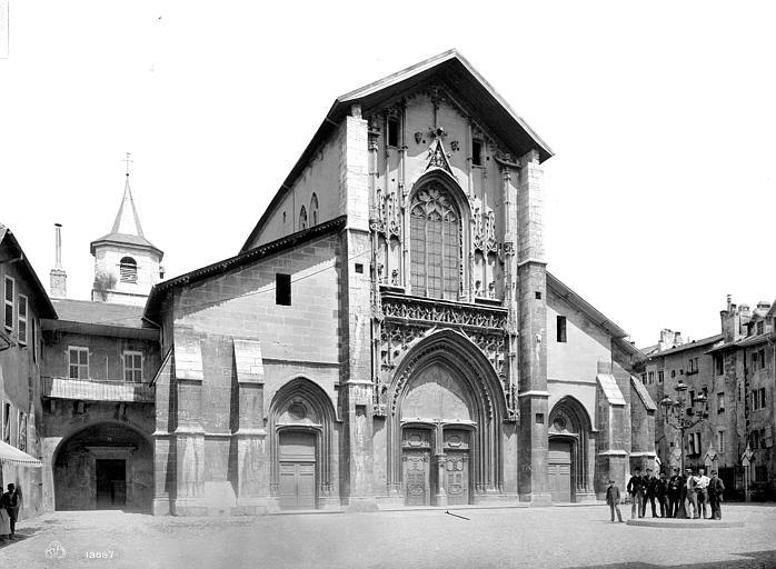 Cathédrale Saint-François-de-Sales Façade ouest, Mieusement, Médéric (photographe),