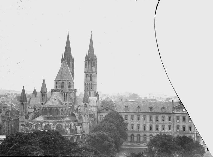 Eglise de Saint-Etienne-le-Vieux (ancienne) Bâtiments de l'abbaye, à l'est, Service photographique,