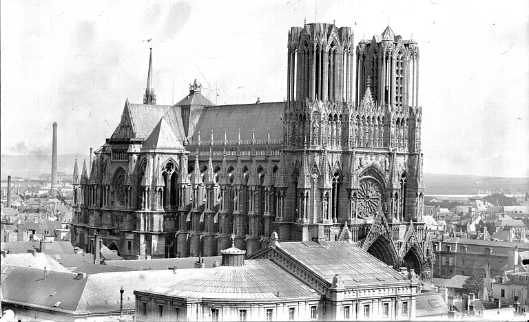 Cathédrale Notre-Dame Ensemble nord-ouest, pris de l'église Saint-Jacques, Lajoie, Abel,