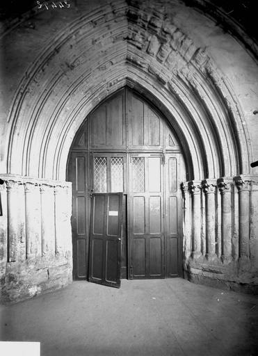 Eglise Portail, Service photographique,