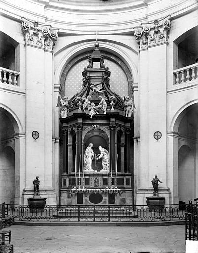 Hospice Sainte-Anne (ancien) ; Chapelle Sainte-Anne Vue intérieure du choeur : Autel, gradin, tabernacle, exposition, Delaunay (photographe),