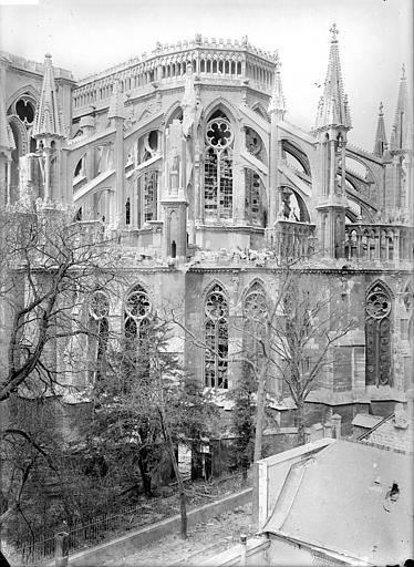 Cathédrale Notre-Dame Chevet, côté sud-est, Sainsaulieu, Max (photographe),
