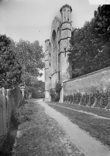 Abbaye aux Hommes (ancienne) Salle des Gardes, façade principale, en perspective, Service photographique,