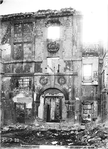 Hôtel Montlaurent Façade sur cour, Verneau, G.,