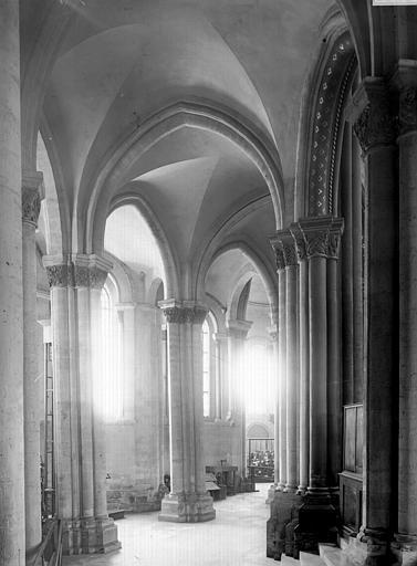 Eglise Saint-Martin-des-Champs Intérieur, Enlart, Camille (historien),