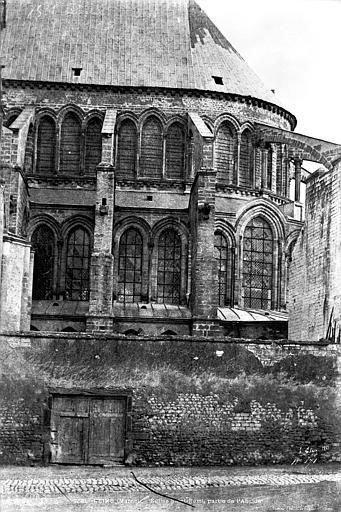 Eglise Saint-Remi Abside, côté sud, Le Secq, Henri (photographe),