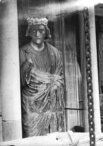 Cathédrale Notre-Dame Statue de roi, Lajoie, Abel,