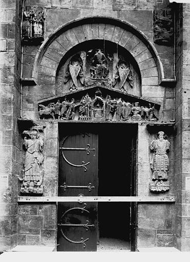 Eglise Notre-Dame-du-Port Portail sud, Enlart, Camille (historien),