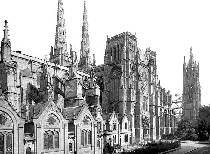 Cathédrale Saint-André Façade sud : vue perspective vers l'est, Mieusement, Médéric (photographe),