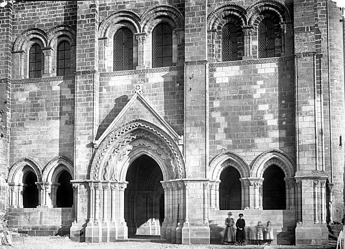Abbaye Saint-Nicolas (ancienne) Eglise, façade partie inférieure ouest, Durand, Eugène (photographe),