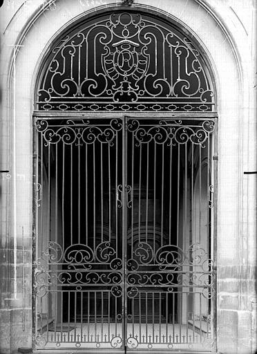 Maison Grille de porte, Verneau, G.,