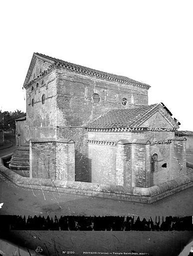 Baptistère Saint-Jean Ensemble sud-est, Mieusement, Médéric (photographe),